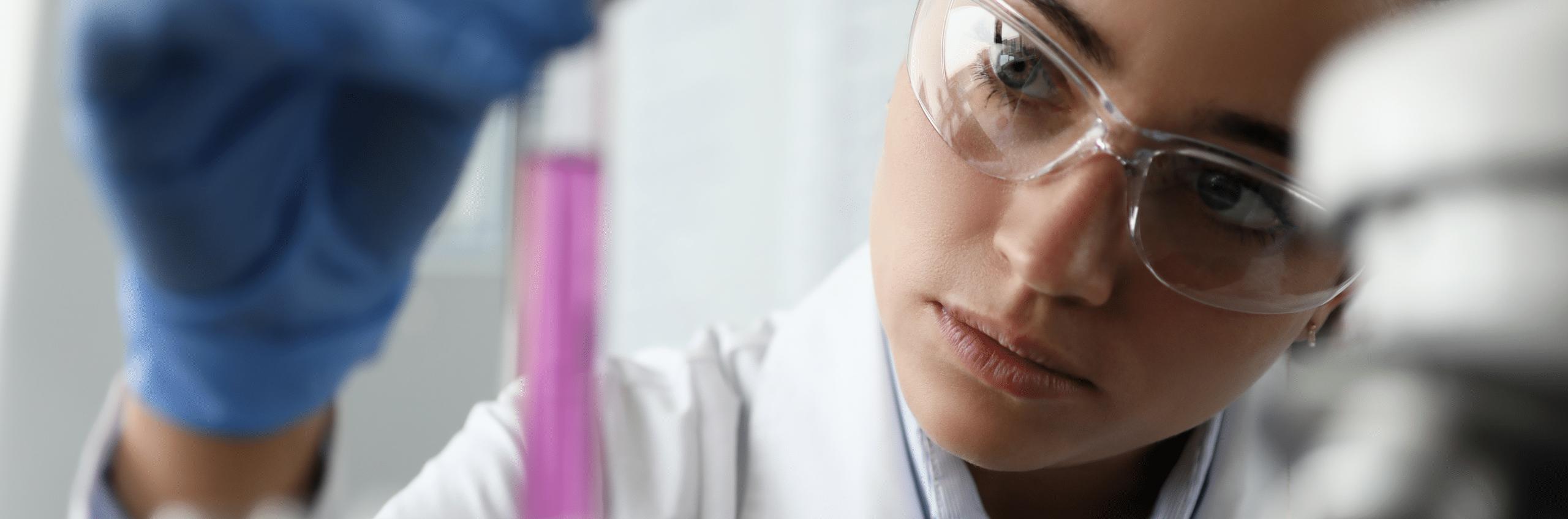 Pharma-Marketing, Labor